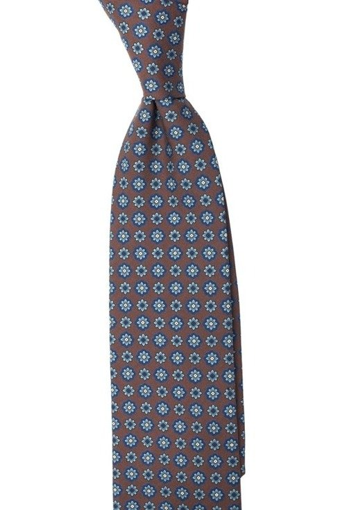 Macclesfield tie with flowers