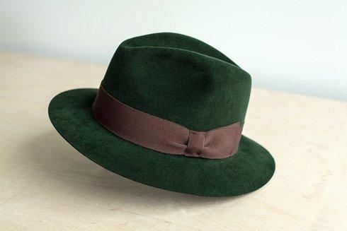 Fedora hat racing green
