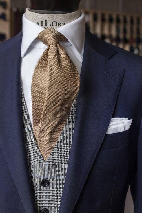 Grey Prince of Wales Check Waistcoat