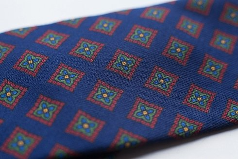 untipped wool challis tie