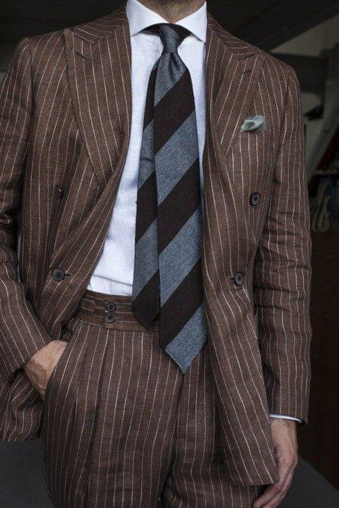 brązowo- szary krawat bez podszewki z grenadyny i szantungu