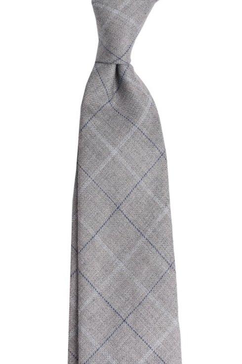 Lniano- wełniany krawat bez podszewki. Szeroka szara krata.
