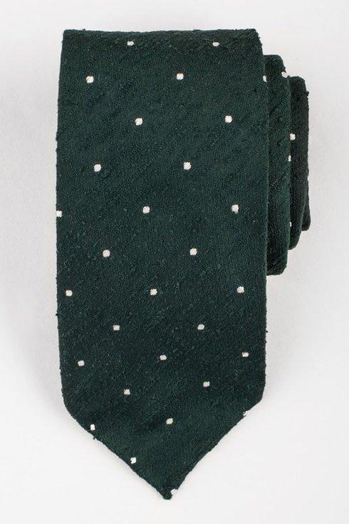 Zielony krawat w kropki z szantungu bez podszewki